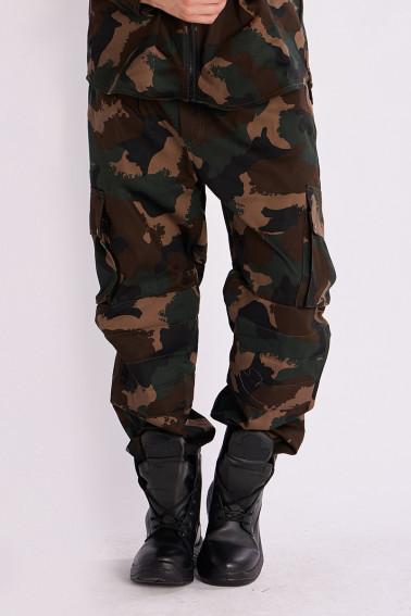 Pantaloni camuflaj