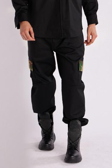 Pantaloni negri cu detalii army